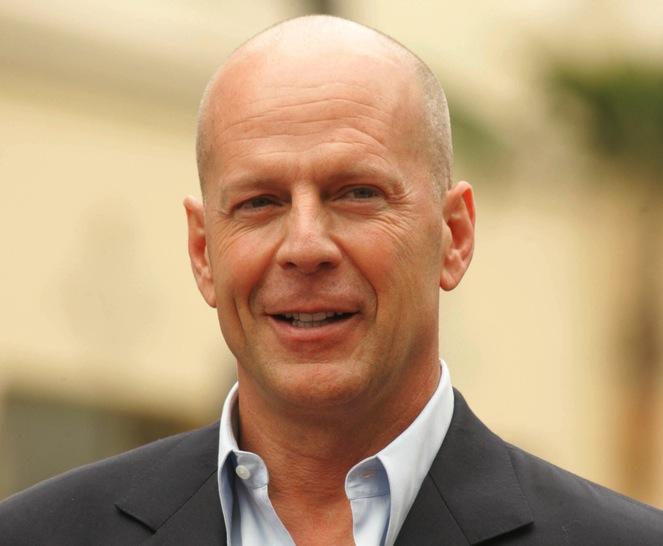 Bruce Willis fanem Jasona Stathama i Daniela Craiga