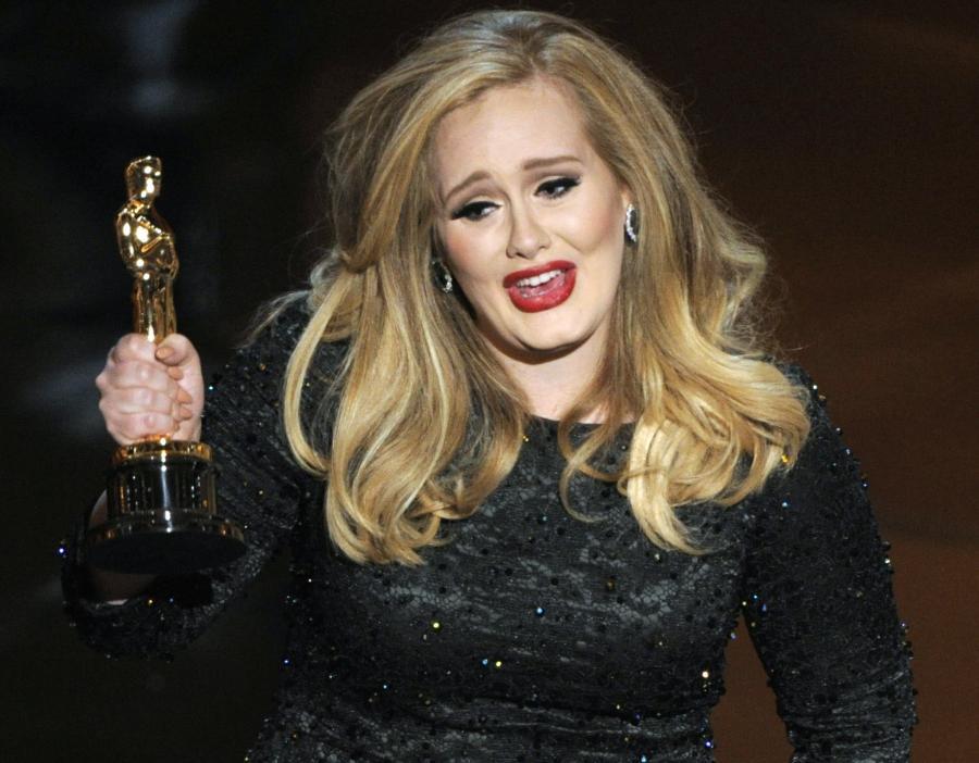Adele zaśpiewa \