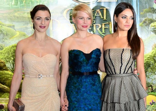 """Rachel Weisz, Michelle Williams i Mila Kunis na premierze filmu """"Oz: Wielki i potężny"""""""