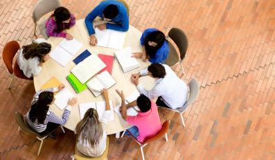 Studenci w czasie nauki