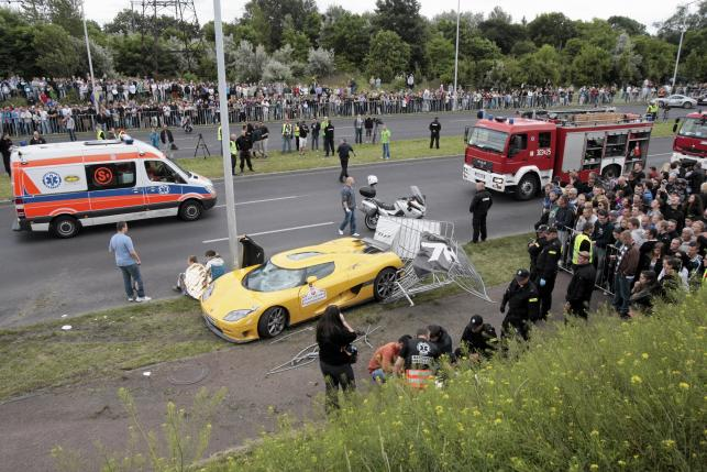 Wypadek na imprezie Gran Turismo Polonia w Poznaniu