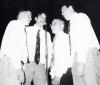 Ashton Kutcher jako członek kwartetu muzycznego w 1995 roku