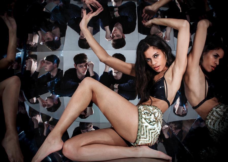 """AlunaGeorge na okładce albumu """"Body Music"""""""