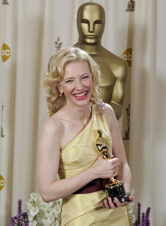 """Cate Blanchett z Oscarem za rolę w """"Aviatorze"""""""