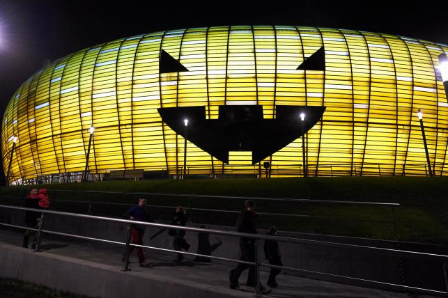 Stadion PGE Arena stał się gigantyczną dynią