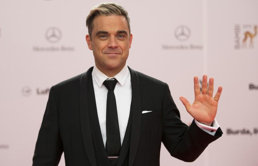 Robbie Williams króluje na Wyspach