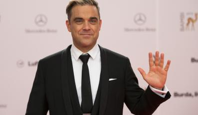 Robbie Williams króluje na Wyspach