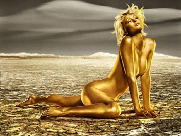 Paris Hilton wystąpiła w reklamie puszkowanego szampana