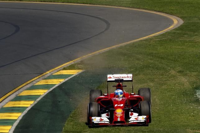 3. Fernando Alonso (Ferrari) 1.30,132 (28)