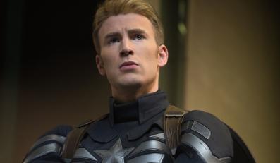 Chris Evans jako Kapitan Ameryka