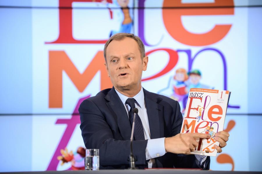 Premier Donald Tusk podczas konferencji prasowej po posiedzeniu rządu