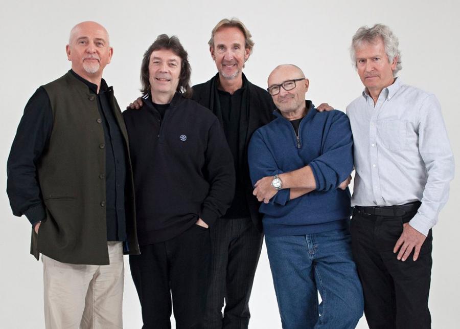 Muzycy Genesis razem w dokumencie