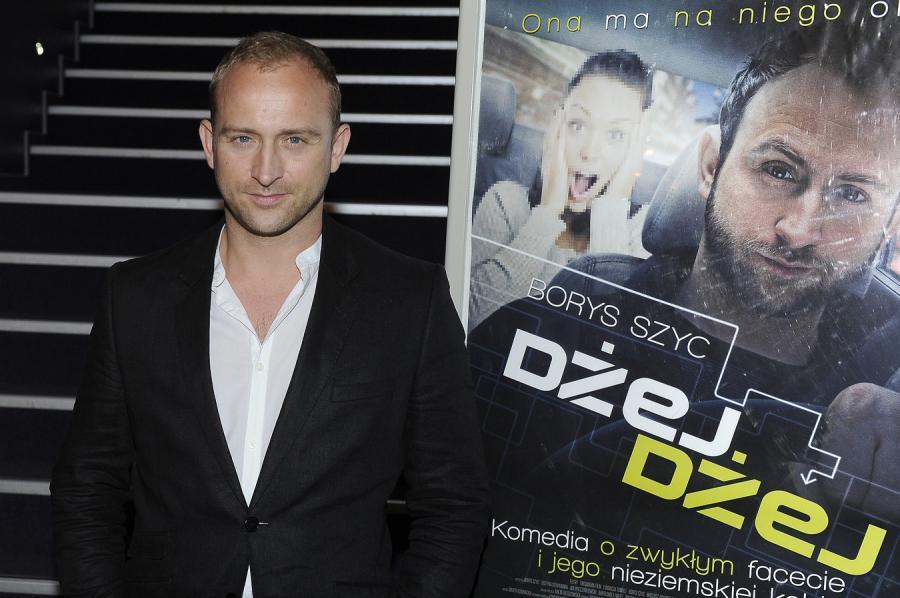 Borys Szyc na premierze filmu \