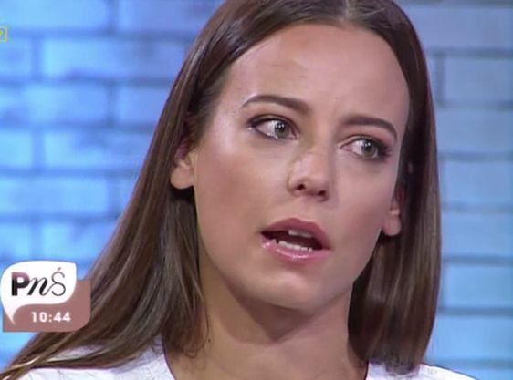 Anna Mucha w \