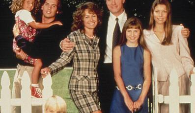 """Stephen Collins jako pasto i głowa rodziny w serialu """"Siódme niebo"""""""