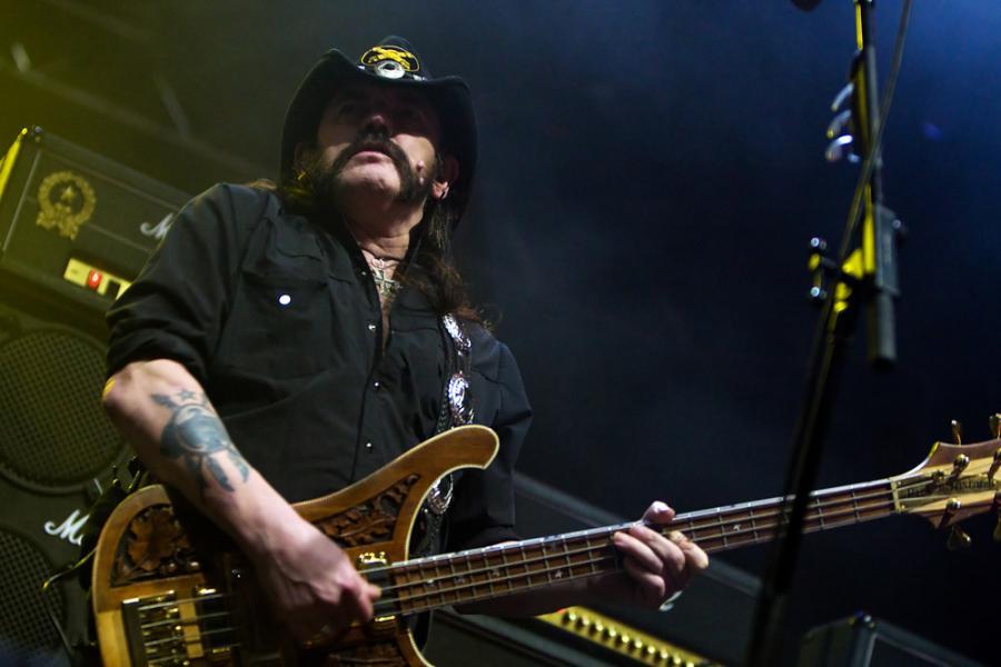 Lemmy Kilmister przegrał z rakiem