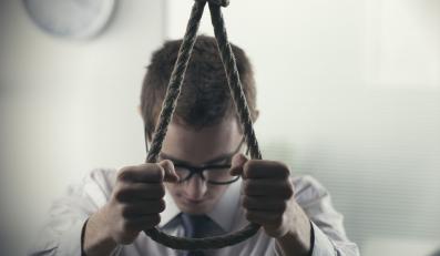 Mężczyzna planuje popełnić samobójstwo