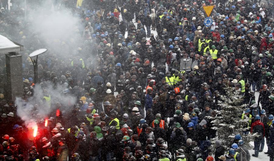 Strajk przed siedzibą JSW