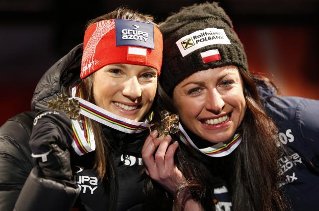Tak Justyna Kowalczyk i Sylwia Jaśkowiec cieszyły się z medalu w Falun
