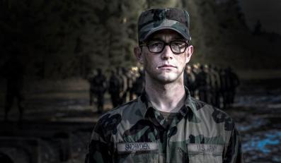 Joseph Gordon-Levitt jako Edward Snowden