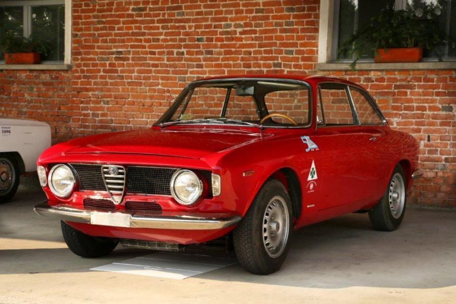 Alfa Romeo Giulia Sprint GTA z 1965