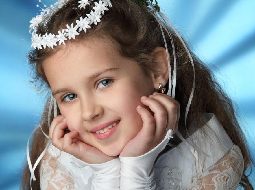 Nie Rób Z Dziecka Panny Młodej Fryzury Na Komunię Dla Dziewczynek