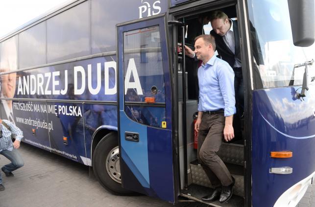 Kandydat PiS na urząd prezydenta RP - Andrzej Duda witany w Regułach
