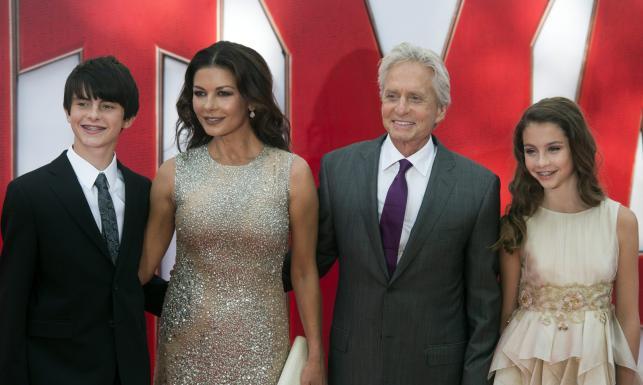 Catherine Zeta-Jones i Michael Douglas pochwalili się udanymi dzieciakami [ZDJĘCIA]