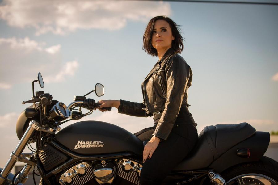 Demi Lovato w klipie do \