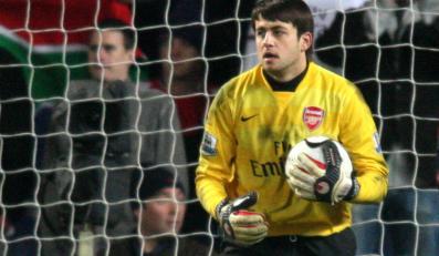 Fabiański pomógł Arsenalowi awansować