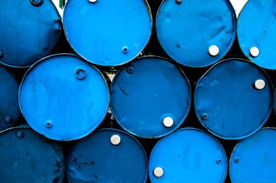 Baryłki z ropą