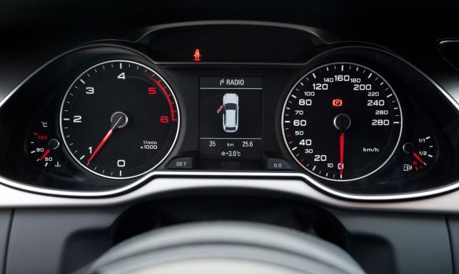 Oto najlepsze używane auta z polskich ogłoszeń. Jedyny minus mają na akumulatorze? NOWY RAPORT
