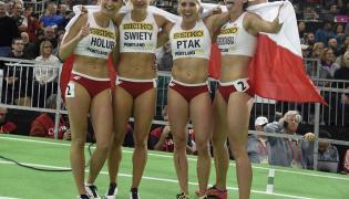 Malgorzata Hołub, Justyna Święty, Ewelina Ptak i Magdalena Gorzkowska