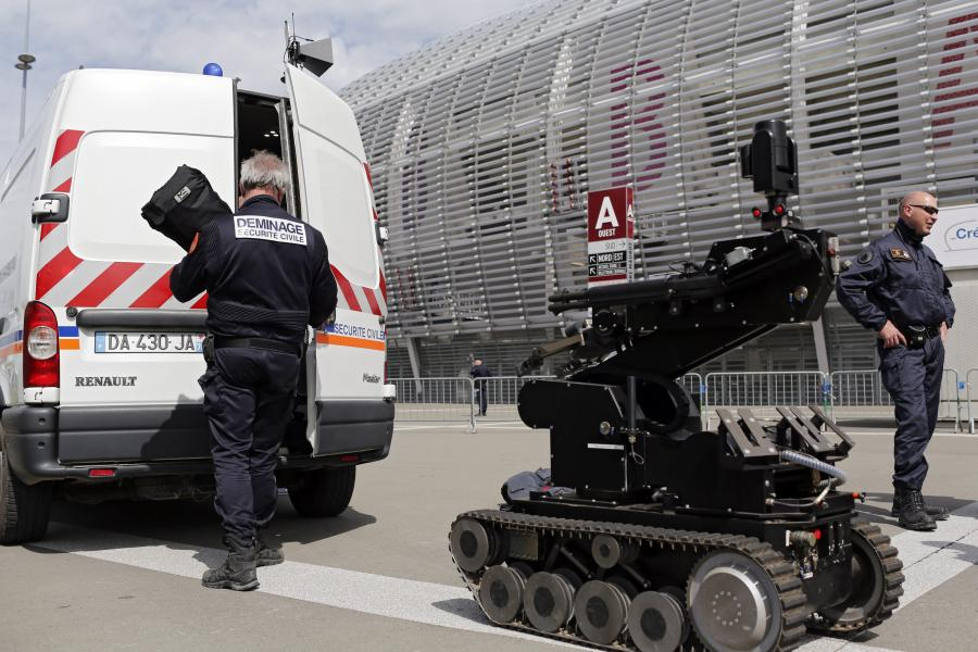 Euro 2016: We Francji służby ćwiczą się na wypadek ataku terrorystycznego