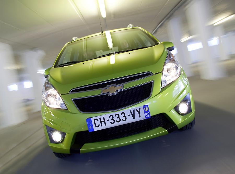 Nowy Chevrolet pędzi do twojego garażu