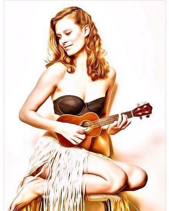 Julia Pietrucha i jej ukulele