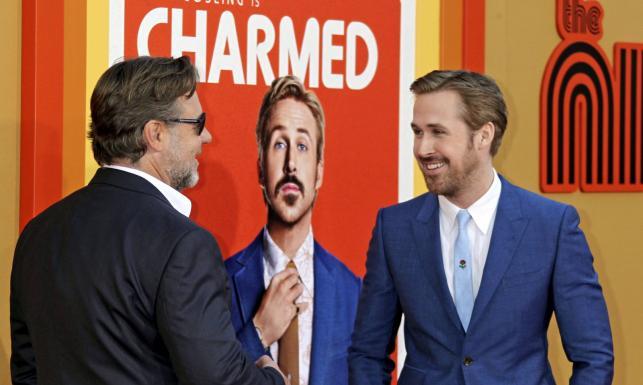 Równi goście Ryan Gosling i Russell Crowe na premierze \
