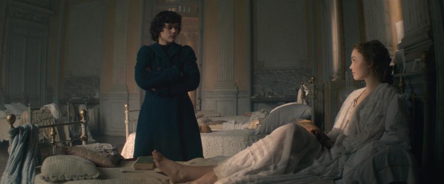 "Soko i Lily-Rose Depp w filmie ""La danseuse"""