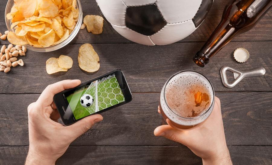 Za pośrednictwem Ipli, kodowane mecze Euro 2016 można obejrzeć, np: w telefonie