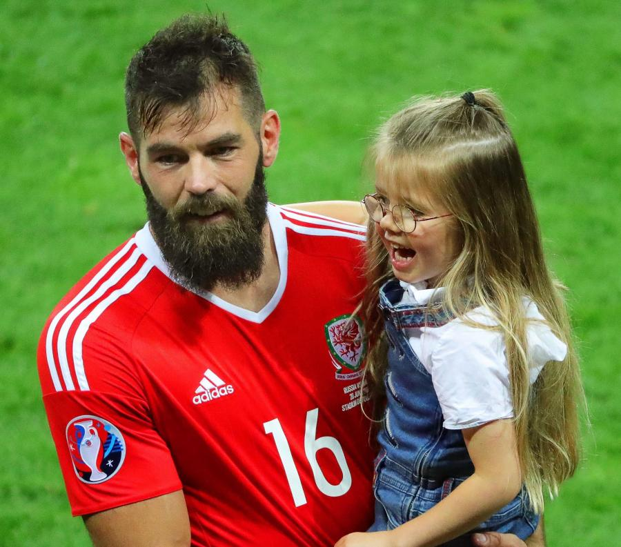 Joe Ledley z córką