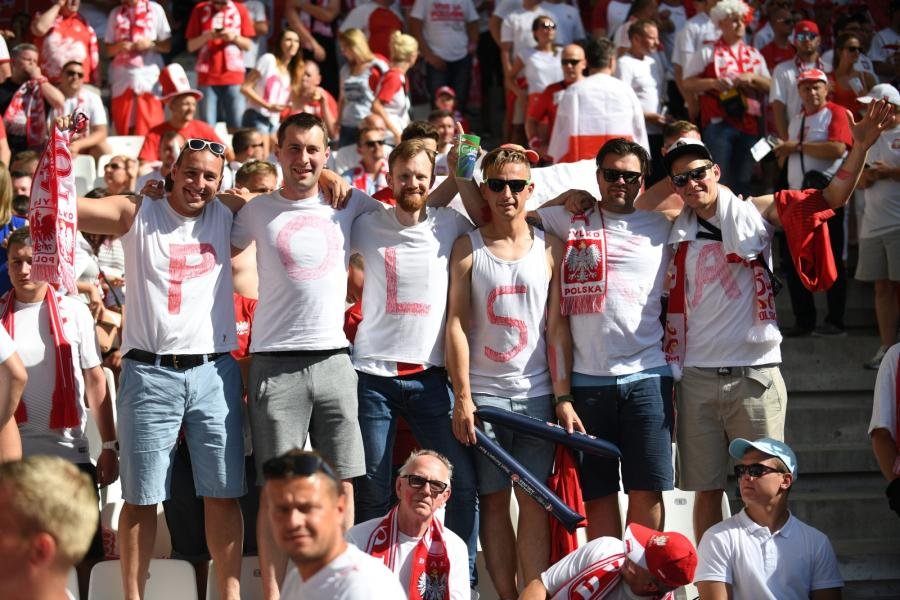 Polscy kibice na Stade Velodrome w Marsylii