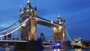 Tower Bridge nocą