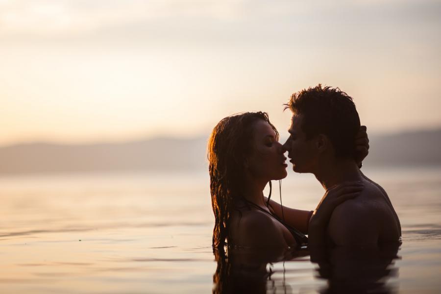 Seks w wodzie