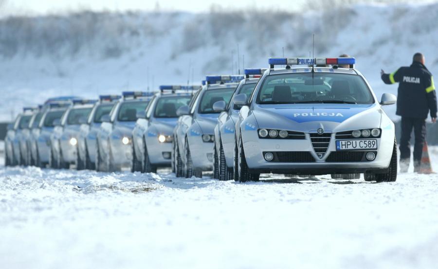 Alfa Romeo 159 w barwach policji
