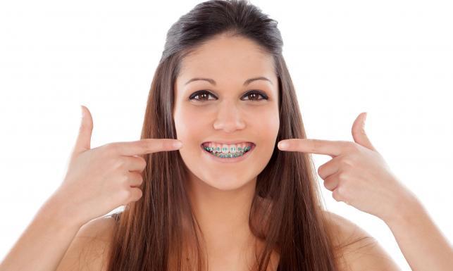 Te mity na temat ortodoncji wciąż krążą. Pora je obalić