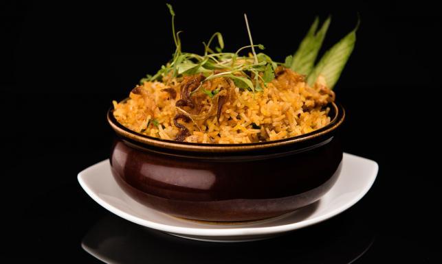 Ser na śniadanie, curry na obiad - sposoby na zdrowe dziąsła