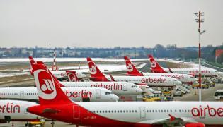 Samoloty linii Air Berlin na lotnisku